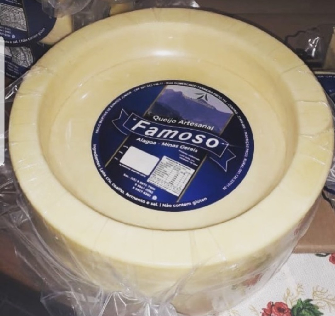"""Foto 1 - """"Panela"""" de Queijo Artesanal ALAGOA de 4.500 gramas - serve 45 pessoas"""