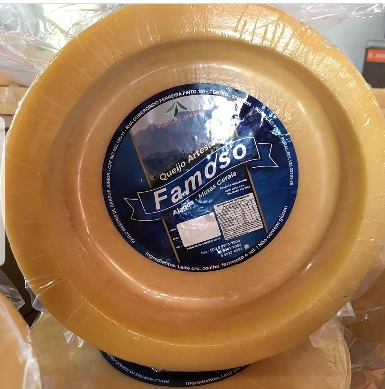 """Foto2 - """"Panela"""" de Queijo Artesanal ALAGOA de 4.500 gramas - serve 45 pessoas"""