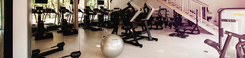 O que preciso saber ao comprar equipamentos e acessórios fitness?