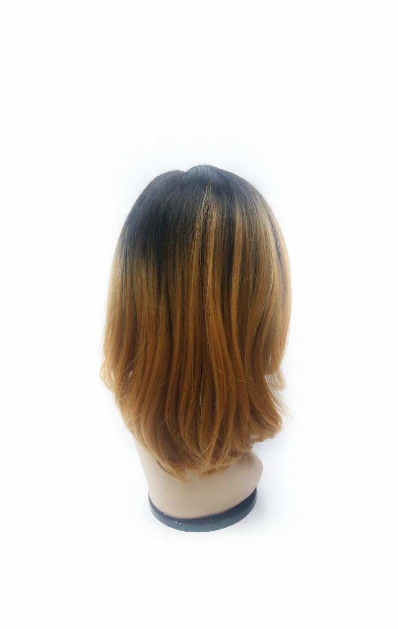 Foto2 - Peruca Sleek Lace Front Sandy