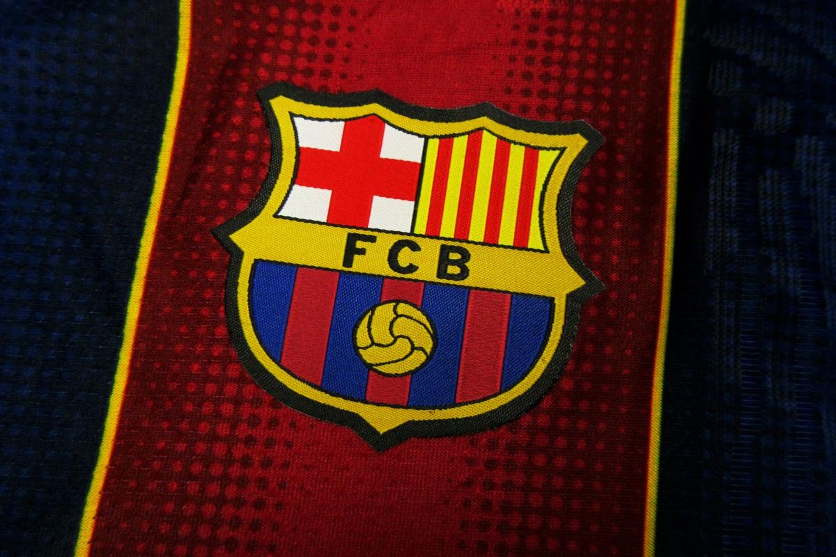 Foto3 - Barcelona 20/21 Titular - Versão Jogador
