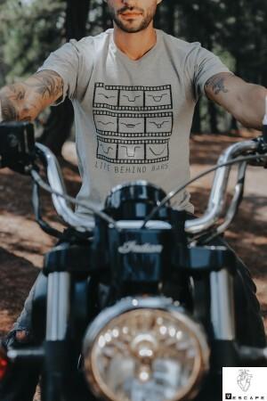 Foto1 - Camisa Life Behind Bars