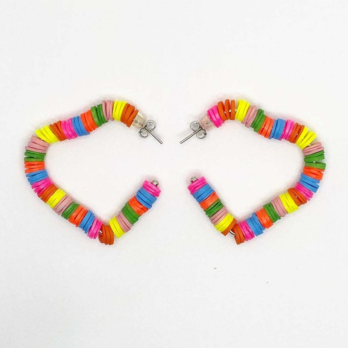 Foto 1 - Argola Coração Médio Multicolorido