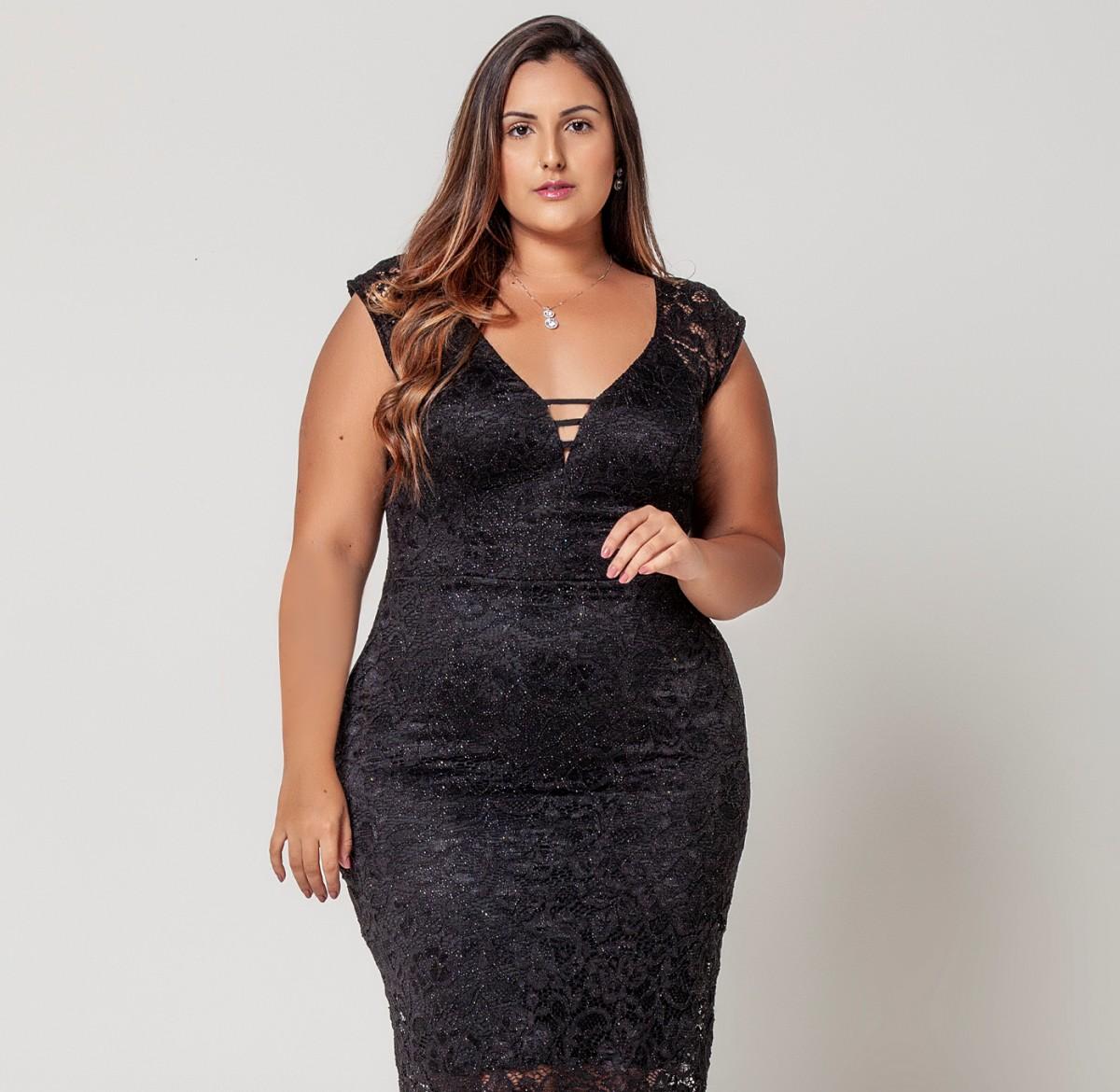 Foto 1 - Vestido Tubinho Plus Size