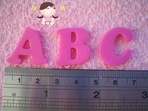 Foto2 - Cód 226 Molde de silicone de alfabeto (Mod.02)