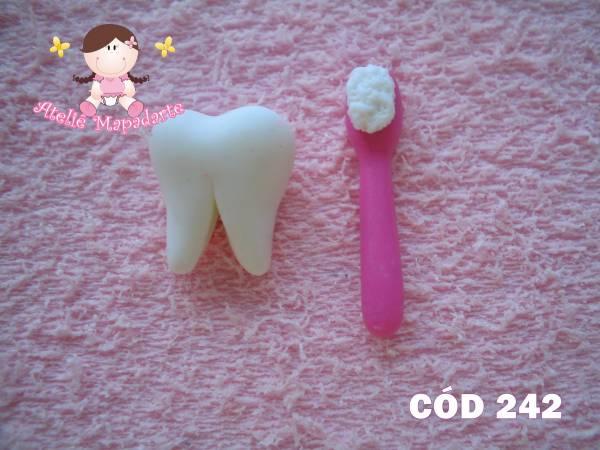 Foto 1 - Cód 242 Molde de dente com escova P