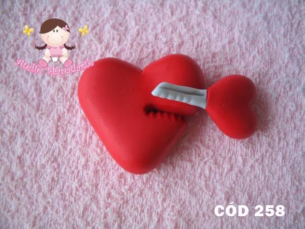 Foto 1 - Cód 258 Molde de coração com chave