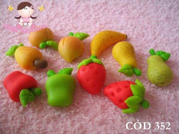 Foto4 - Cód 352 molde de mini frutas