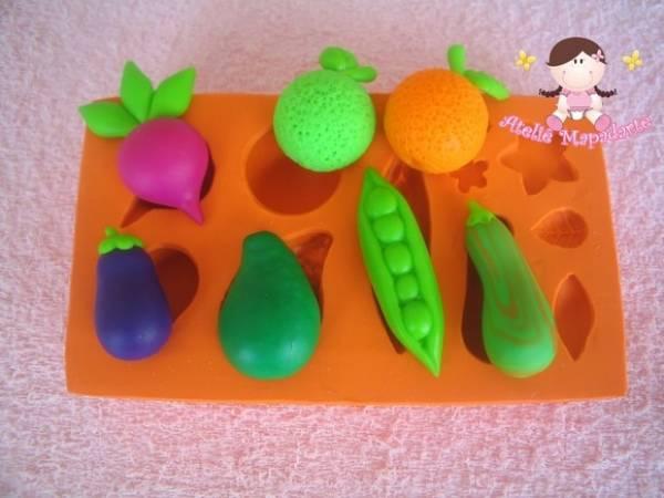 Foto2 - Cód 353 Molde de mini verduras e frutas