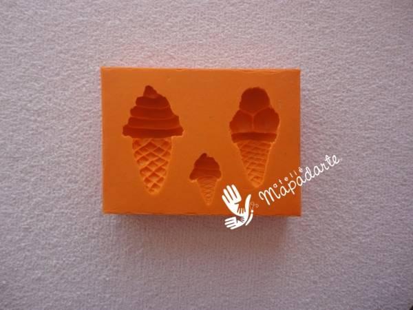 Foto3 - Cód 514 molde de sorvete com 3 pçs