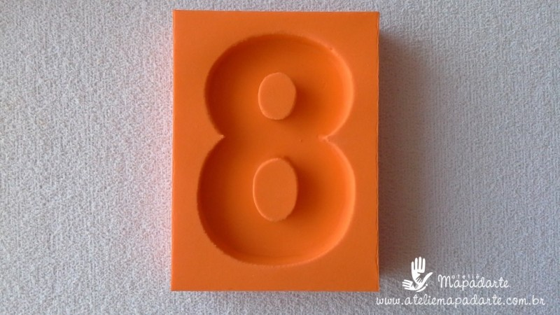 Foto2 - Cód 578 Molde de números oito(8) modelo N1 (Para velas de biscuit)