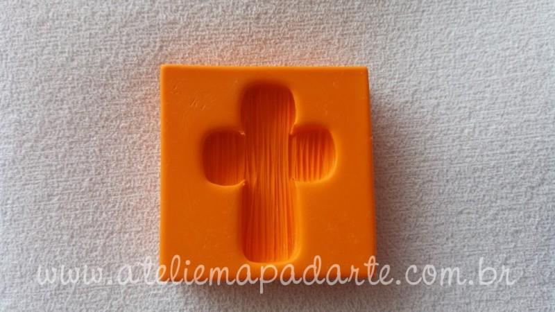 Foto4 - Cód 635 Molde de cruz com textura