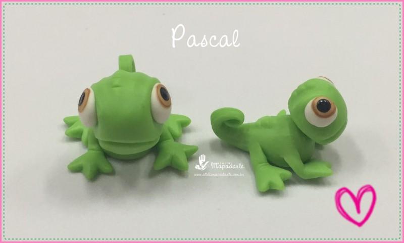 Foto 1 - Cód 670 Molde de silicone pascal (bichinho da Rapunzel)