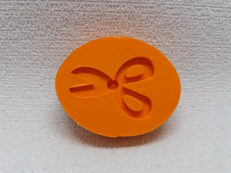 Foto 1 - Cód 716 molde de tesoura P
