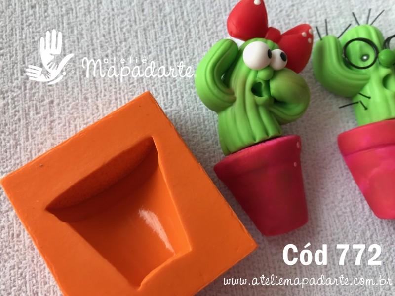 Foto 1 - Cód 772 Molde de silicone vaso 01 un