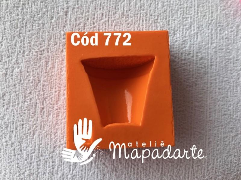 Foto3 - Cód 772 Molde de silicone vaso 01 un
