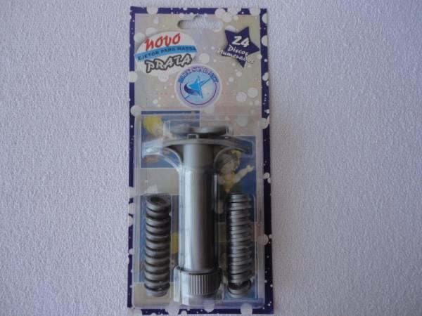Foto2 - Cód M033 Extrusora para biscuit prata c/ 24 peças (Blue Star)