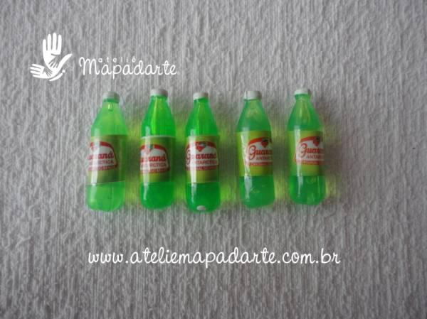 Foto 1 - Cód M074 Miniatura refrigerante guaraná litro 5 un