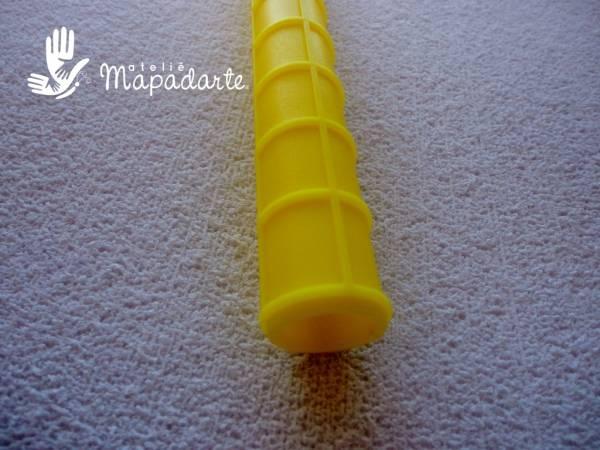 Foto4 - Cód M1182 Rolo textura amarelo 15 cm 01 un (Blue Star)