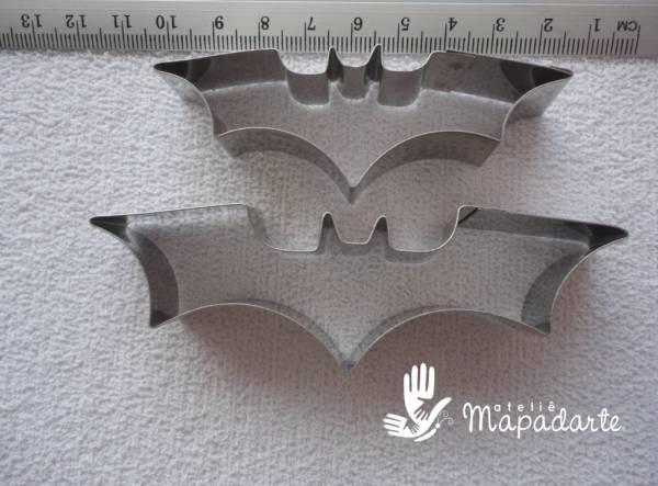 Foto 1 - Cód M1240 Cortador inox morcego c/ 2 (CR)