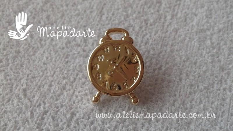 Foto 1 - Cód M1672 Botão relógio dourado 10 un
