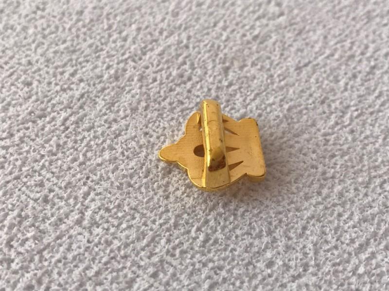 Foto3 - Cód M2397 Coroa dourada em abs com 10un