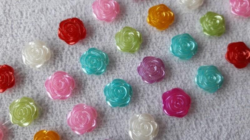 Foto2 - Cód M2656 Cartela adesiva de mini rosas cores sortidas 10mm 01 cartela