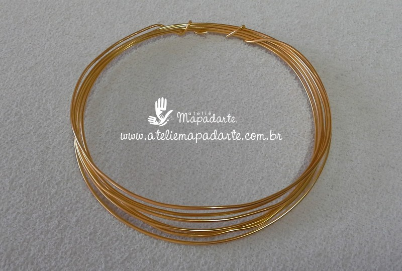 Foto 1 - Cód M518 Arame liso dourado alumínio 2 mt