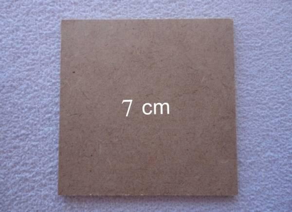 Foto 1 - Cód M556 Base MDF quadrada 7x7 cm