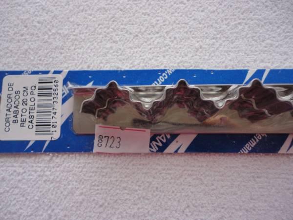 Foto2 - Cód M723 Cortador inox reto castelo (pequeno) 20 cm (H)