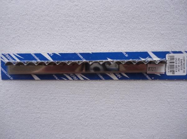 Foto 1 - Cód M727 Cortador inox reto onda (média) 20 cm (H)