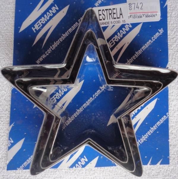 Foto 1 - Cód M742 Cortador inox estrela 5 pontas (grande) 3 peças