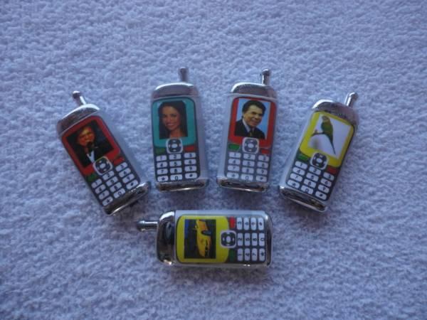 Foto 1 - Cód M835 Miniatura de celular 5 un
