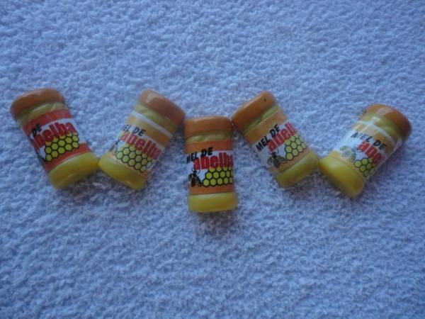 Foto 1 - Cód M900 Miniatura de mel de abelha 10 uni (pote)