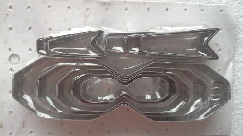 Foto 1 - Cód M466 Cortador inox laço com 12 peças (CR)