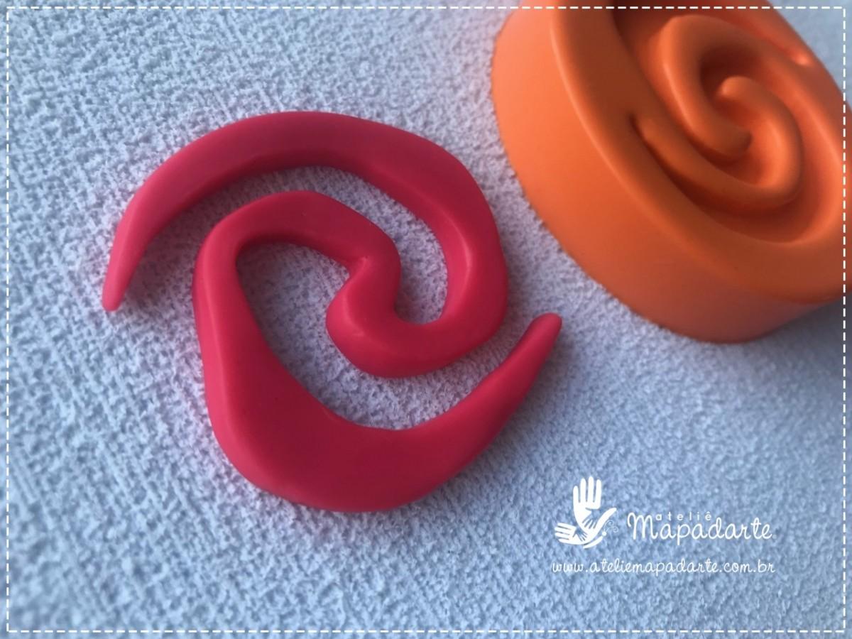 Foto 1 - Cód 779 Molde de silicone símbolo da Moana