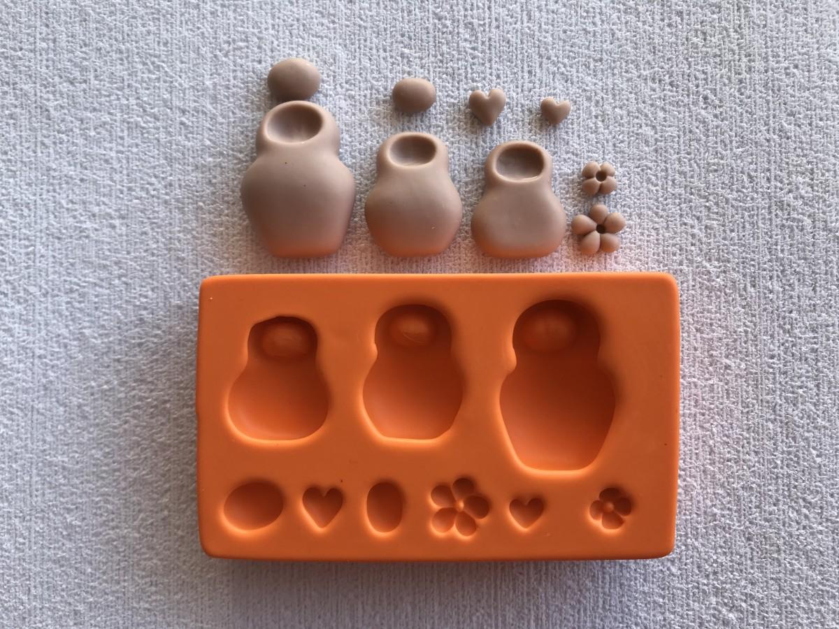 Foto2 - Cód LC10 Molde de silicone kit matrioskas aplique 2D (LUCRISTAL)