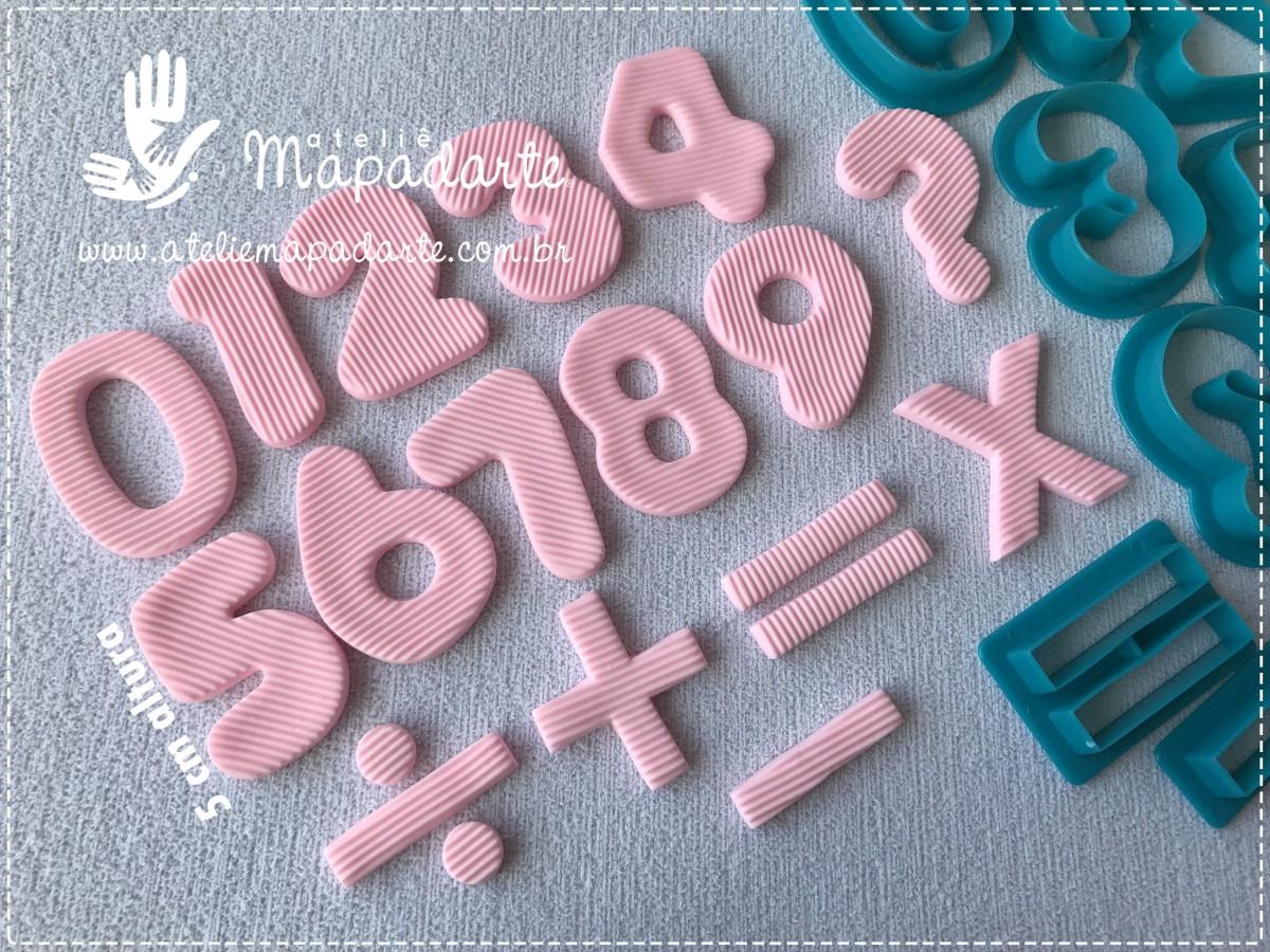 Foto4 - Cód M970 Cortador de números e sinais 5cm altura 16 peças (Importado)