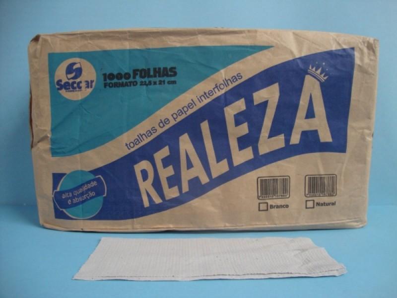 Foto 1 - Papel toalha branco realeza branco