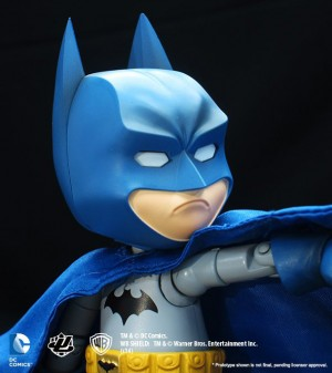 Foto5 - Batman DC Comics Hybrid Metal Figuration Batman (variante de cor) SDCC 2015 Exclusivo