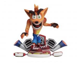 """Foto3 - Crash Bandicoot - Figura de ação em escala de 7 """"- Deluxe Crash com placa a jato"""