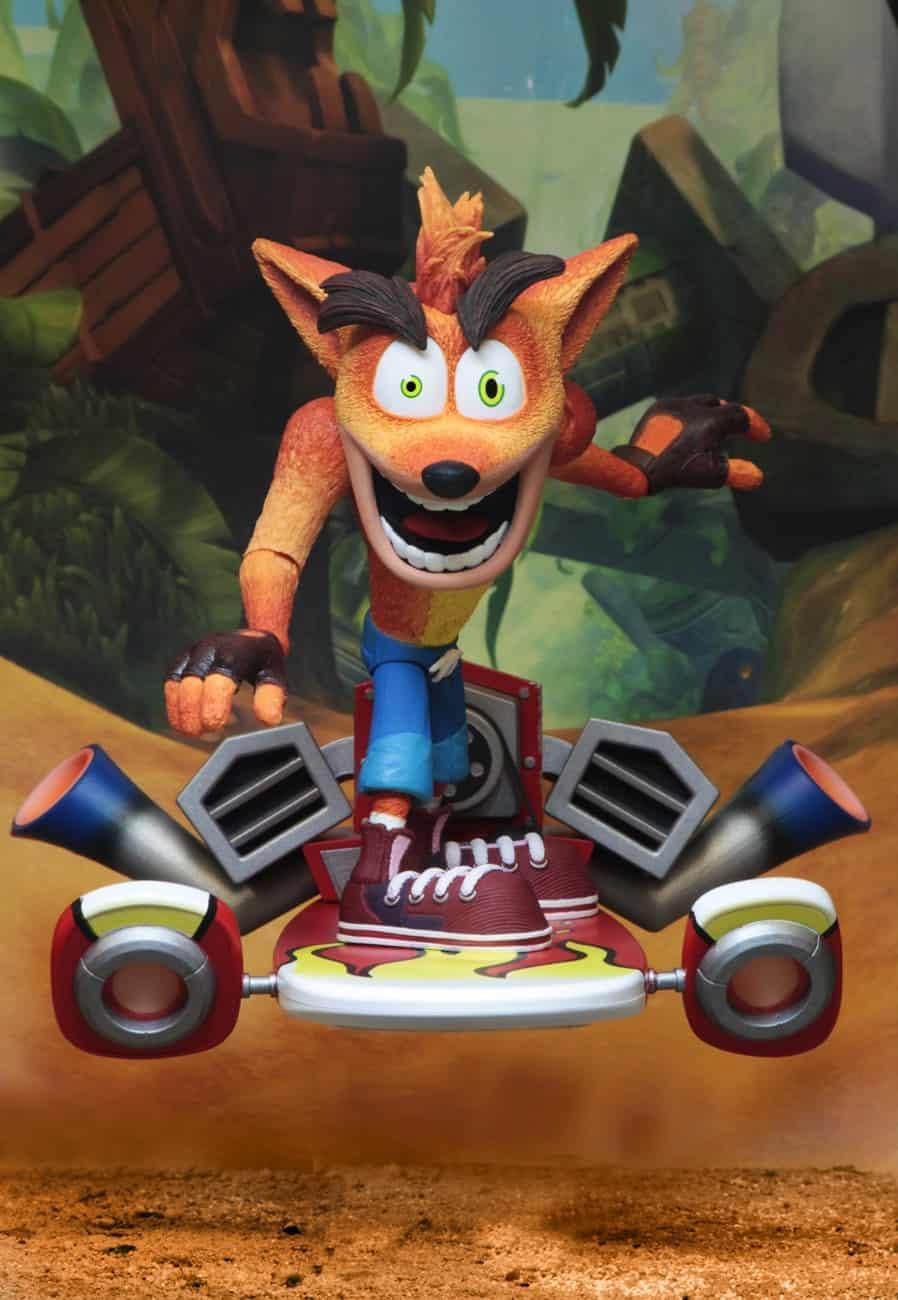 """Foto 1 - Crash Bandicoot - Figura de ação em escala de 7 """"- Deluxe Crash com placa a jato"""