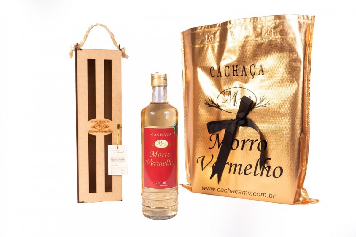 Foto 1 - MV - 29 Cachaça Presente Madeira 700ml Ouro