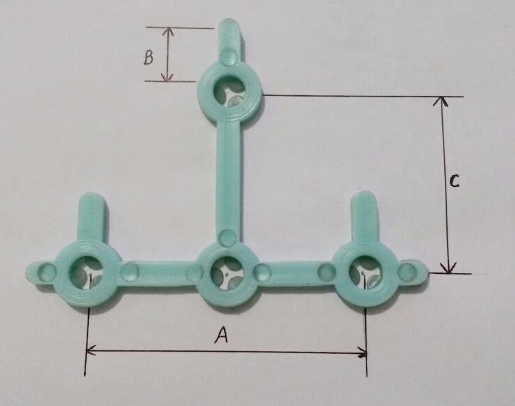 Foto3 - Estribo Plástico para mourão seção T ponta virada