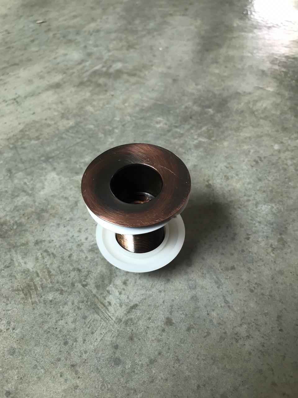 Foto2 - Válvula para cuba em liga de cobre
