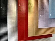 Foto8 - Persiana Horizontal Alumínio 25 mm - Coleção Cores - Medida:1,80 x 1,80