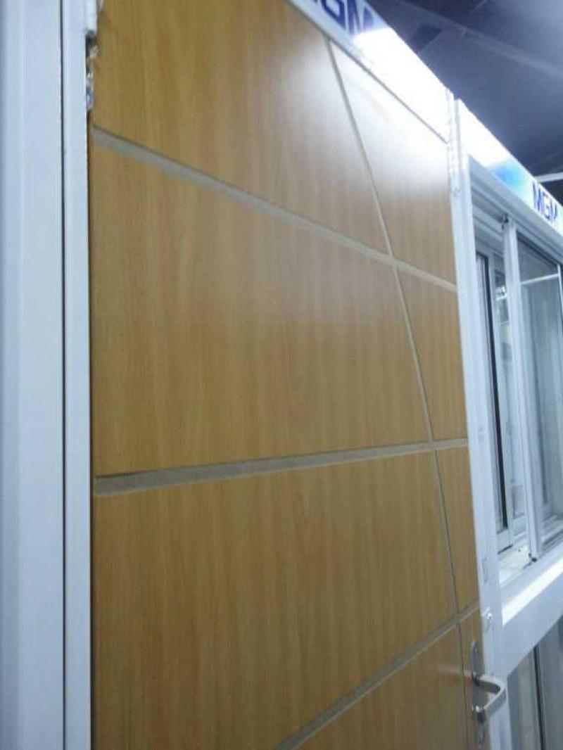 Foto3 - Porta de Madeira Decorativa c/marco de ferro Branco