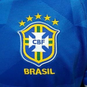 Foto2 - Camisa Oficial Brasil Away 2018