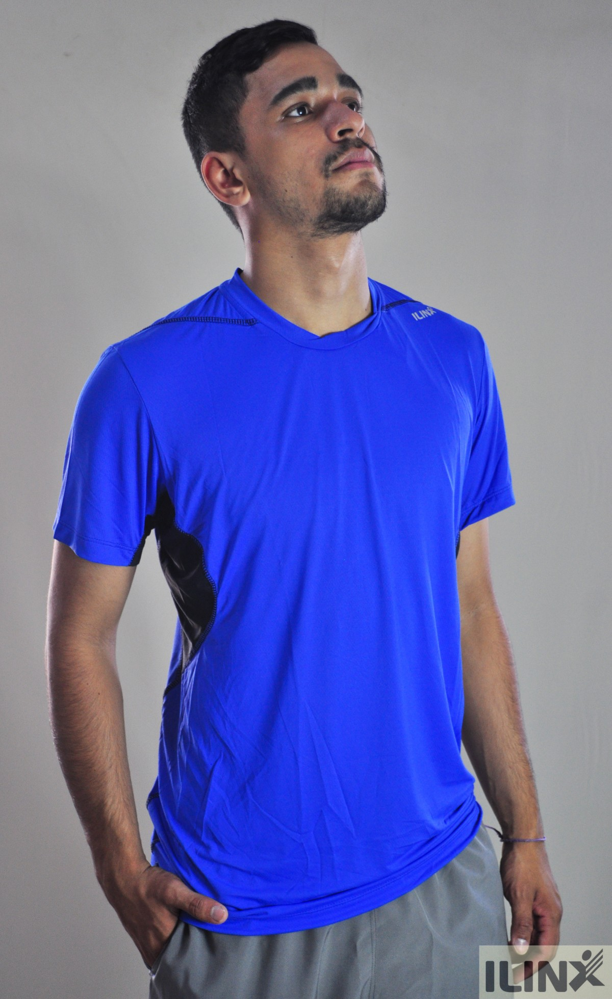 Imagem do produto Camiseta com detalhe na gola