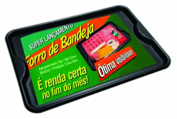 Foto 1 - 1.000 FORROS DE BANDEJA 29,7x41,7cm - 4X0 COR - AP 75GRS